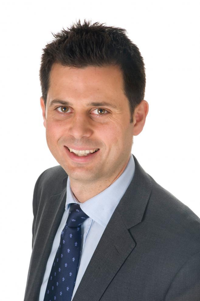 Headshot of Mark Radford